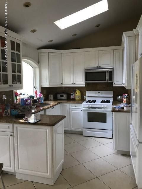 Single Family Home for Sale at 11 Trinity Place Staten Island, New York 10310 United States