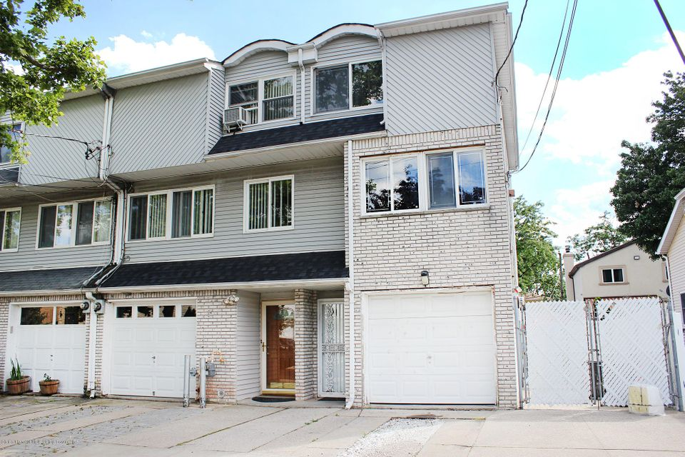Single Family Home for Sale at 54 Robinson Avenue Staten Island, New York 10312 United States