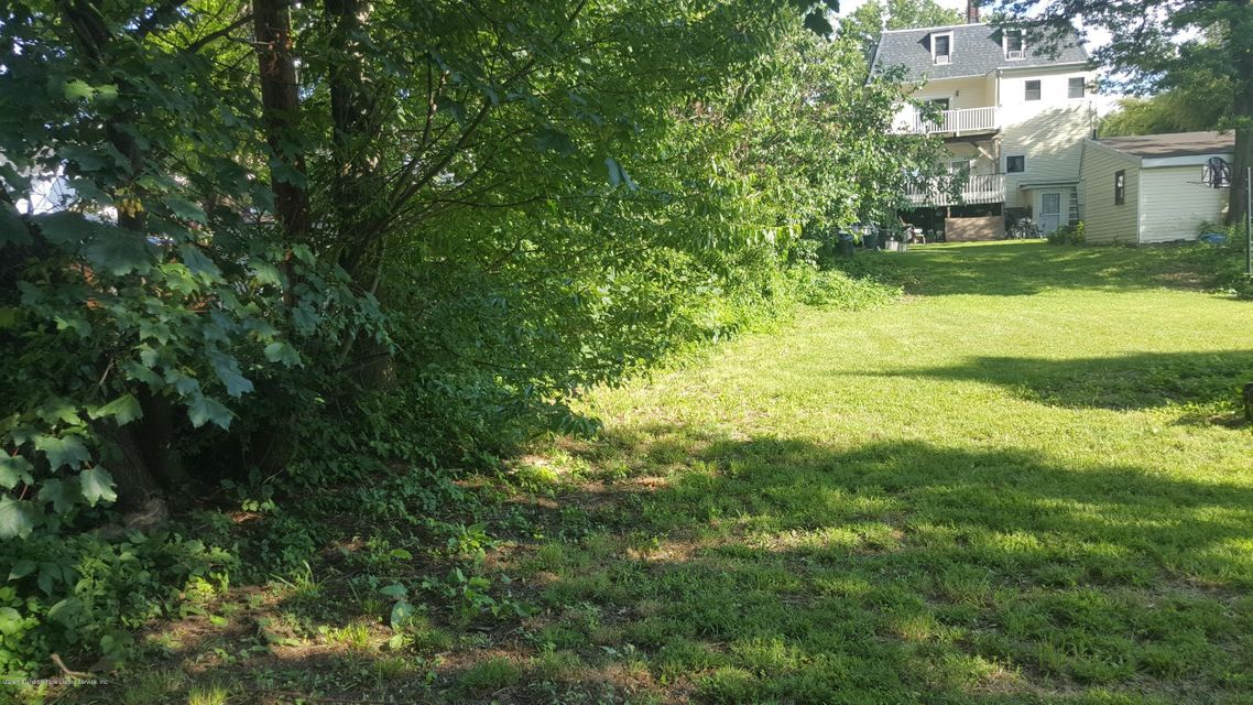 Additional photo for property listing at 601 Delafield Avenue  Staten Island, New York 10310 United States