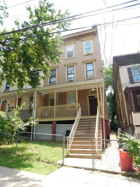 30 Layton Avenue, Staten Island, NY 10301