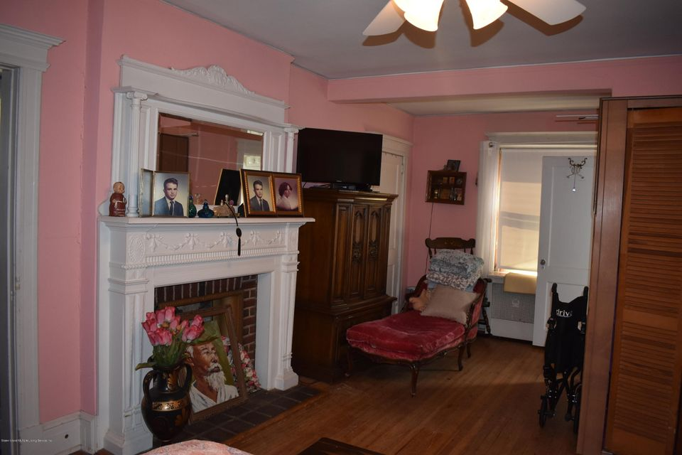 Single Family - Detached 36 Belmont Place  Staten Island, NY 10301, MLS-1111887-17