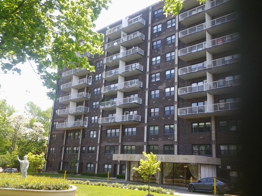 1100 Clove Road 3c, Staten Island, NY 10301