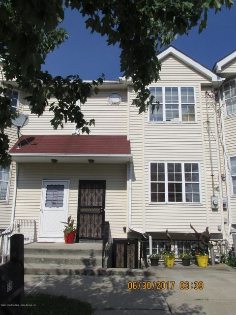 Single Family Home for Sale at 99 Sumner Place Staten Island, New York 10301 United States
