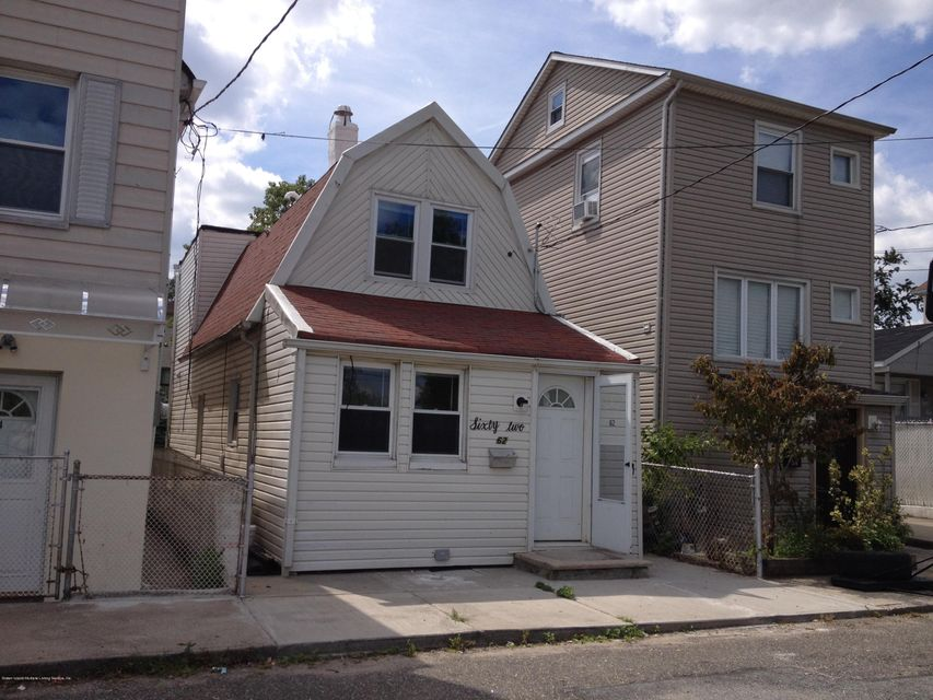 Single Family Home for Sale at 62 Wentworth Avenue Staten Island, New York 10305 United States