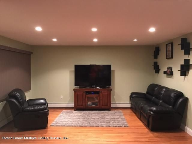 Additional photo for property listing at 458 Falcon Avenue  Staten Island, New York 10306 United States