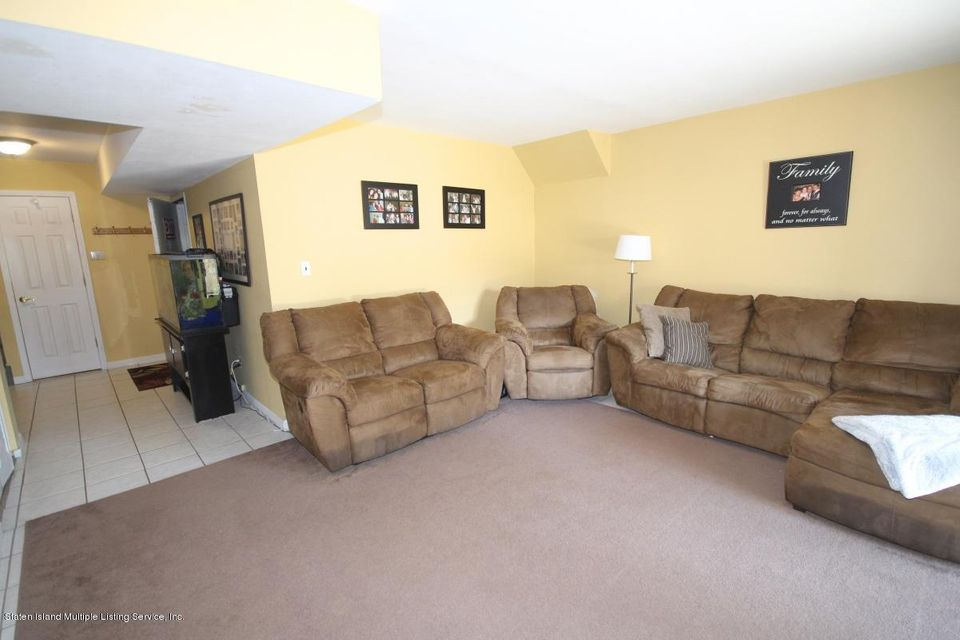 Additional photo for property listing at 125 Vespa Avenue  Staten Island, New York 10312 United States
