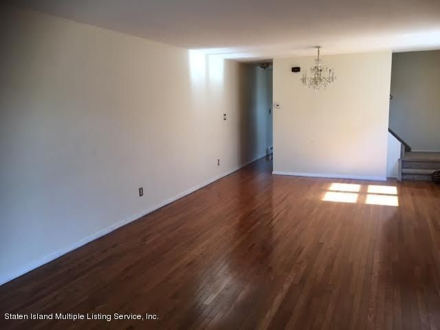 Additional photo for property listing at 241 Regis Drive  Staten Island, New York 10314 United States