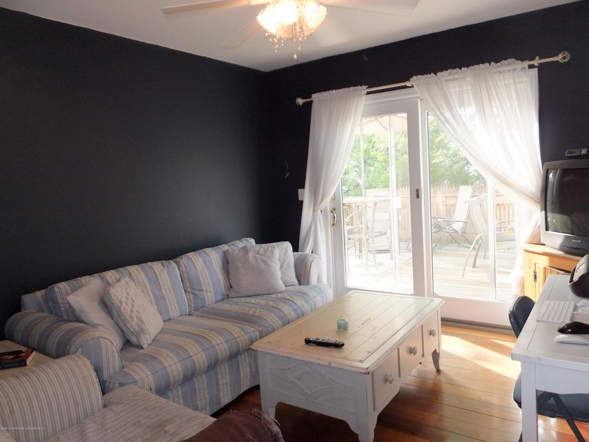 Single Family - Detached 73 Wilson Avenue  Staten Island, NY 10308, MLS-1111952-9