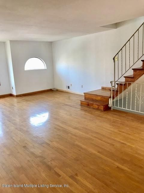 Additional photo for property listing at 84 Benjamin Drive  Staten Island, New York 10303 United States
