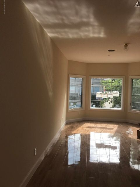 Additional photo for property listing at 368 Brighton Street  Staten Island, New York 10307 United States