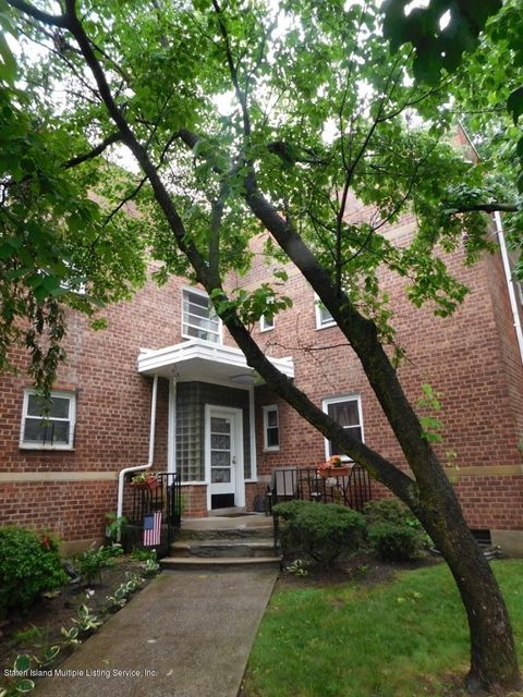 Additional photo for property listing at 545 Castleton Avenue  Staten Island, New York 10301 United States