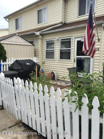 14 Greentree Lane, Staten Island, NY 10314