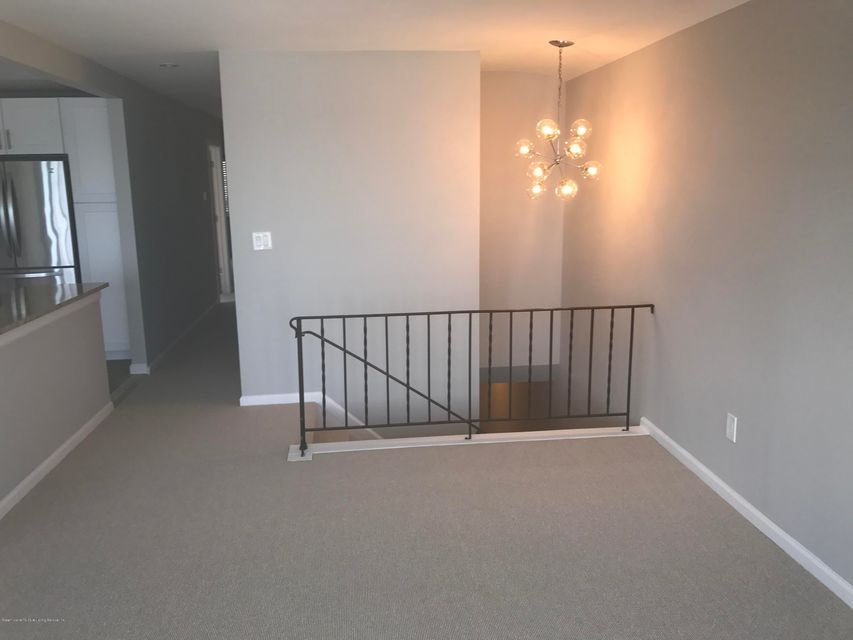 Additional photo for property listing at 435 Tennyson Drive  Staten Island, New York 10312 United States