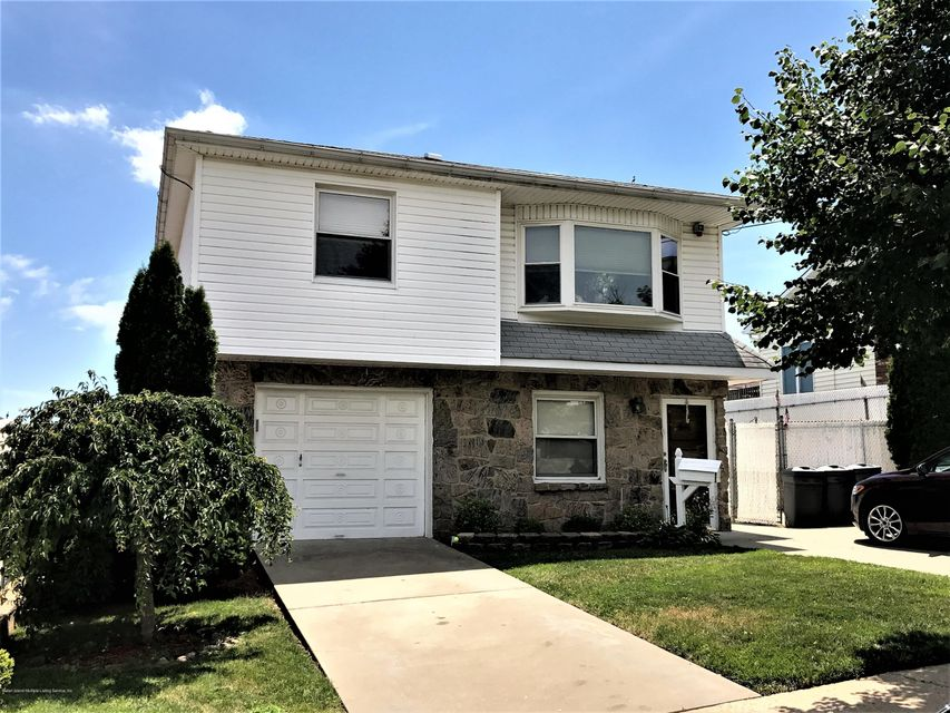 Two Family - Detached 748 Sinclair Avenue  Staten Island, NY 10312, MLS-1112067-25