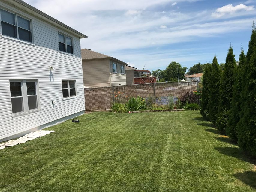 Two Family - Detached 748 Sinclair Avenue  Staten Island, NY 10312, MLS-1112067-37