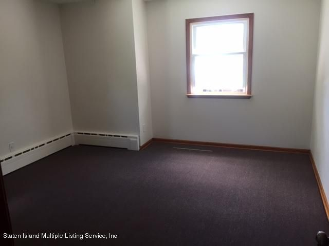 Additional photo for property listing at 1040 W Fingerboard  Staten Island, New York 10304 United States