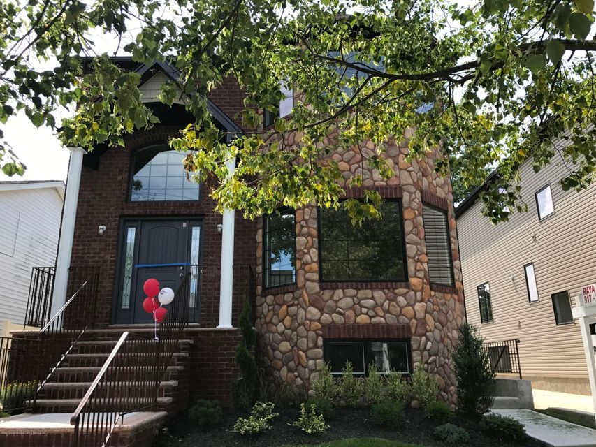 Two Family - Detached in Tottenville - 366 Brighton Street  Staten Island, NY 10307