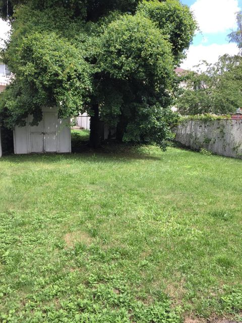 Additional photo for property listing at 233 Simonson Avenue  Staten Island, New York 10303 United States