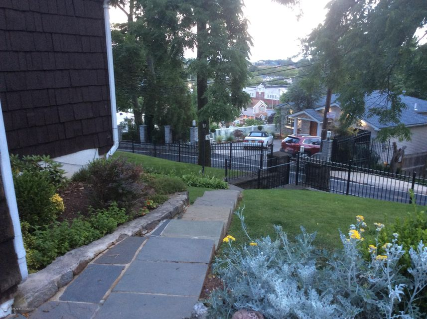 Additional photo for property listing at 37 Douglas Road  Staten Island, New York 10304 United States
