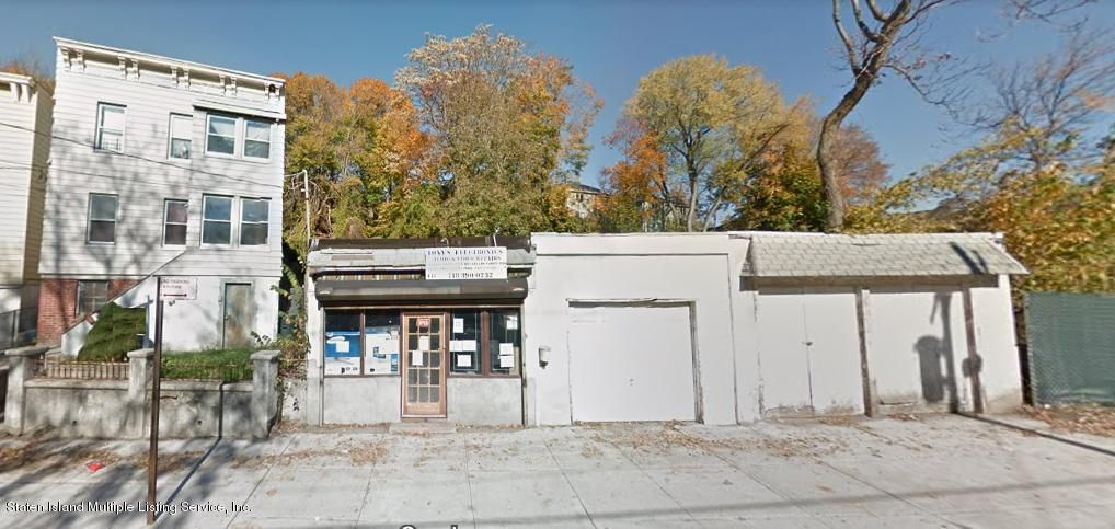 Commercial for Sale at 147 Brighton Avenue Staten Island, New York 10301 United States
