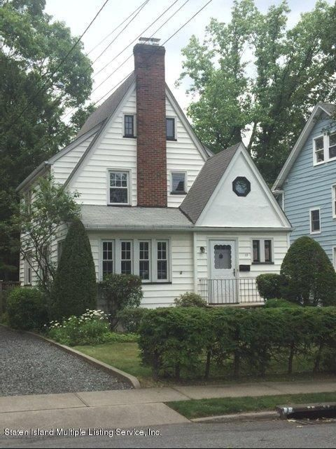 Single Family - Detached in Sunset Hill - 17 Morrison Ave   Staten Island, NY 10310