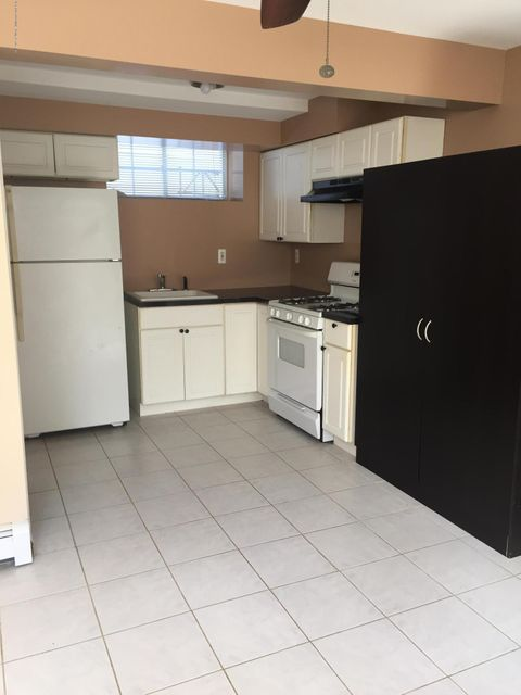 Additional photo for property listing at 410 Craig Avenue  Staten Island, New York 10307 United States