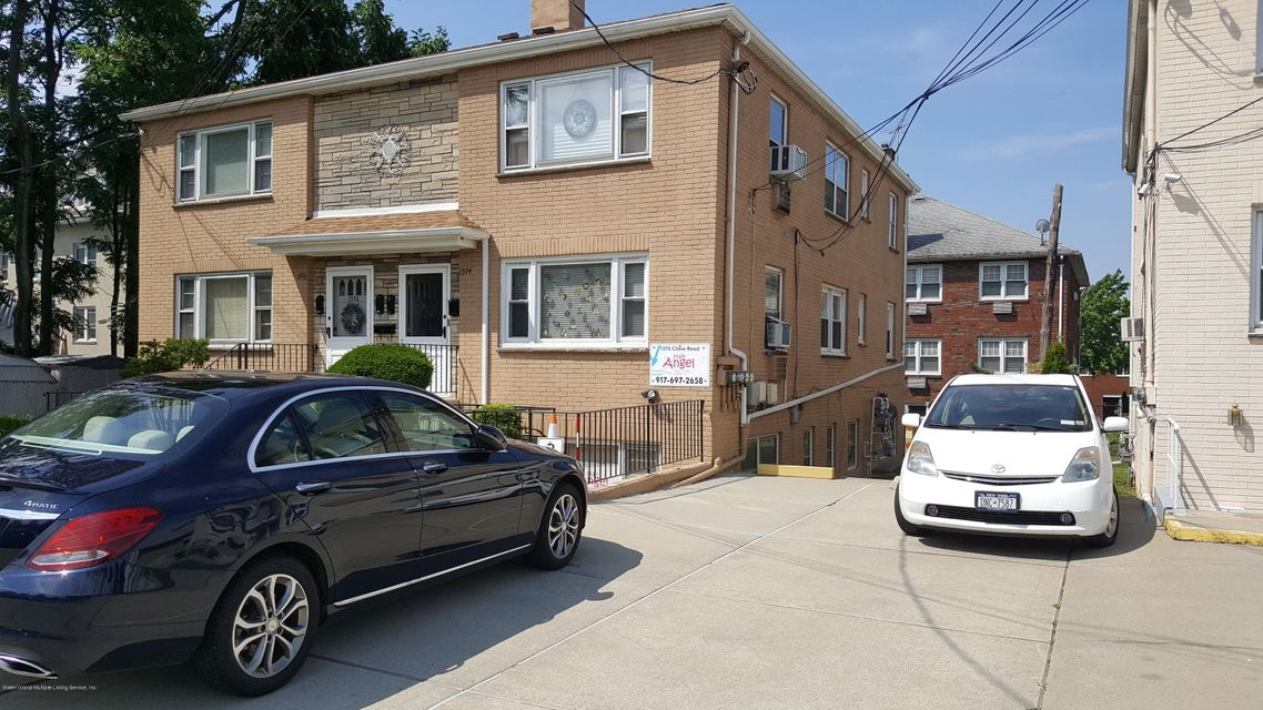 Additional photo for property listing at 1374 Clove Road  Staten Island, New York 10301 United States