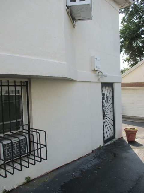 Additional photo for property listing at 55 Oxford Place  Staten Island, New York 10301 United States