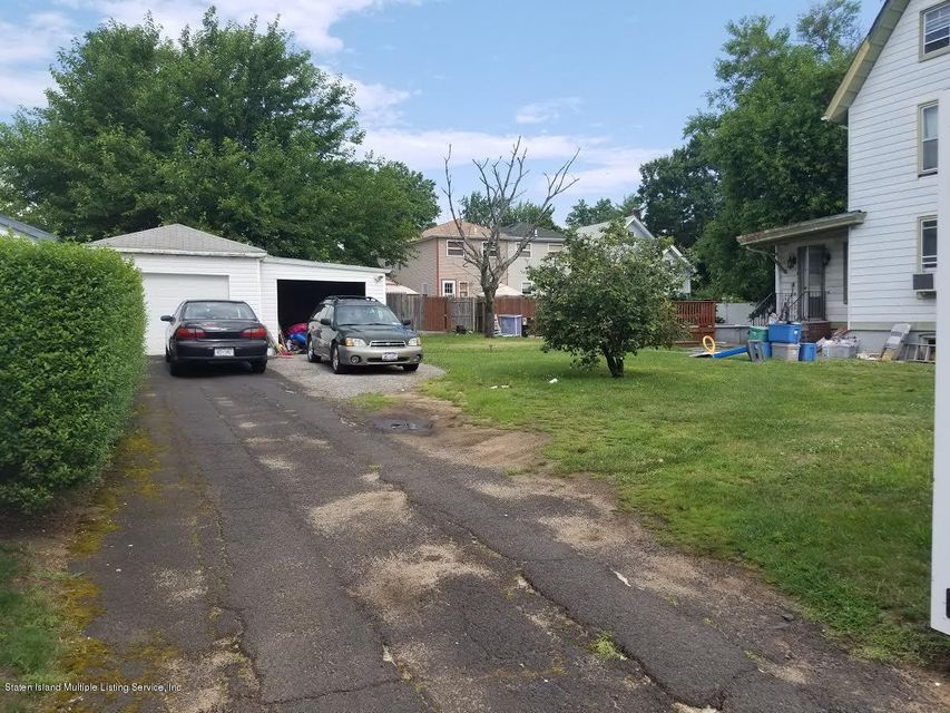 Additional photo for property listing at 48 Lake Avenue  Staten Island, New York 10303 United States