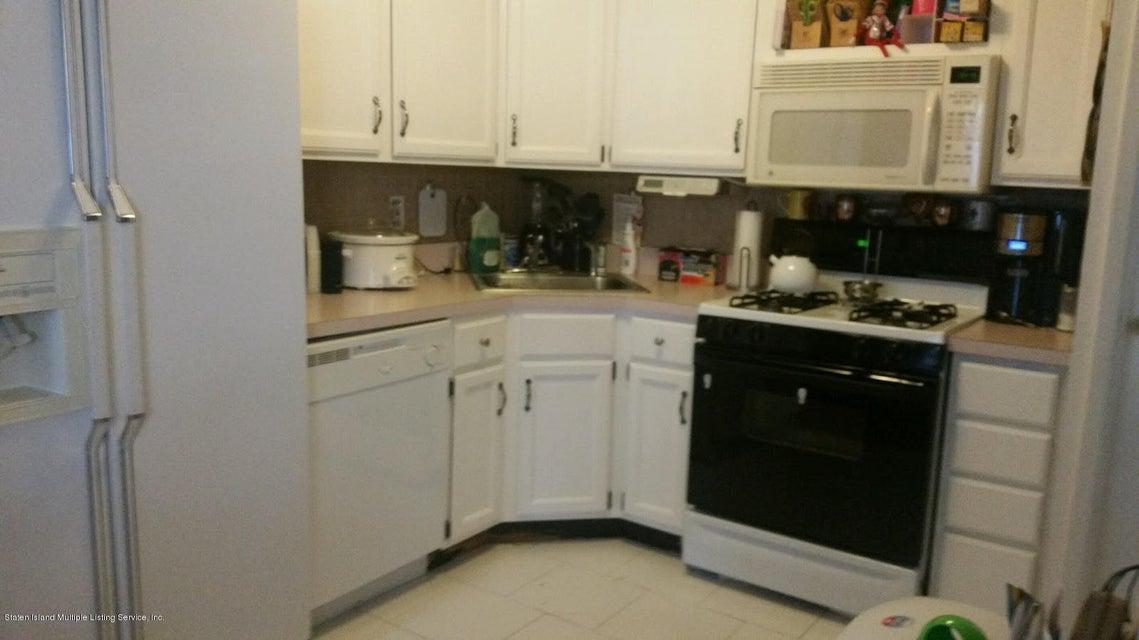 Additional photo for property listing at 23 Ashley Lane  Staten Island, New York 10309 United States