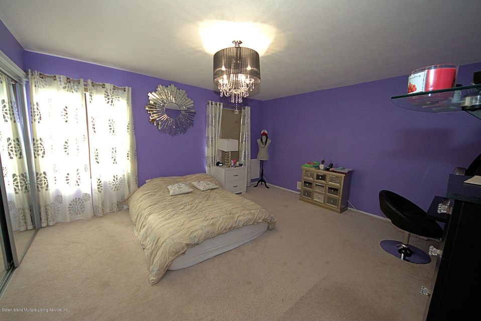 Additional photo for property listing at 888 Patterson Avenue  Staten Island, New York 10306 United States