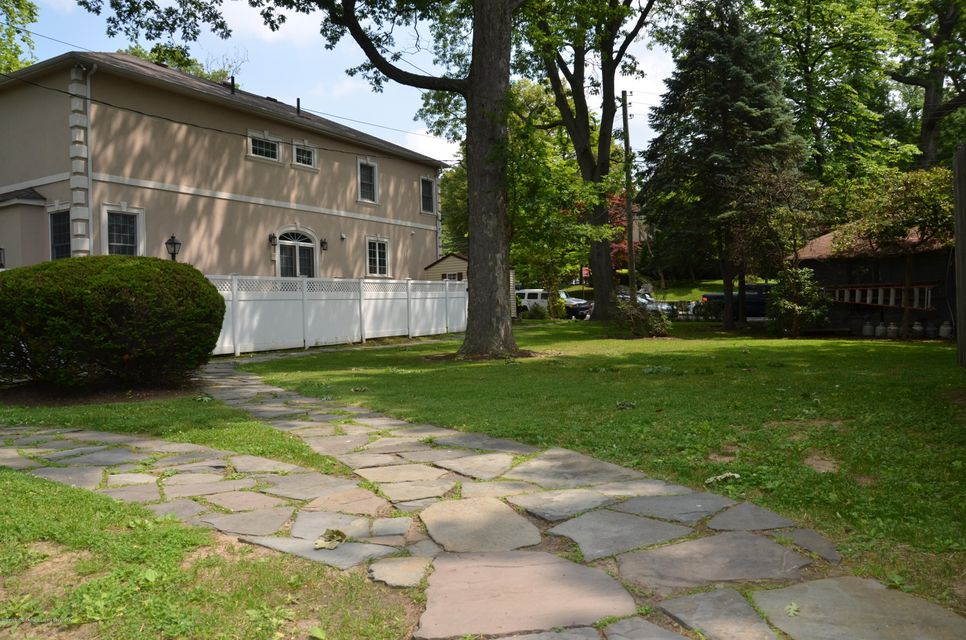 Land for Sale at 40 Columbia Avenue Staten Island, New York 10305 United States