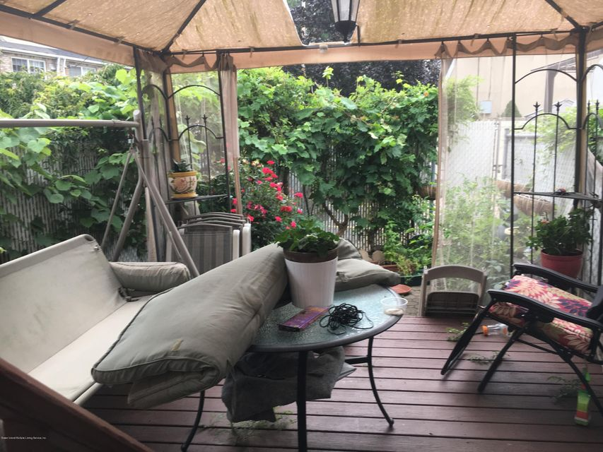 Additional photo for property listing at 101 Major Avenue  Staten Island, New York 10305 United States