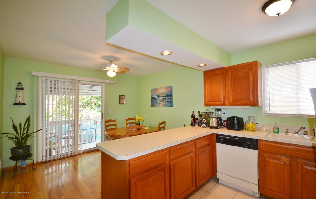 Single Family - Semi-Attached 259 Norway Avenue  Staten Island, NY 10305, MLS-1112250-6