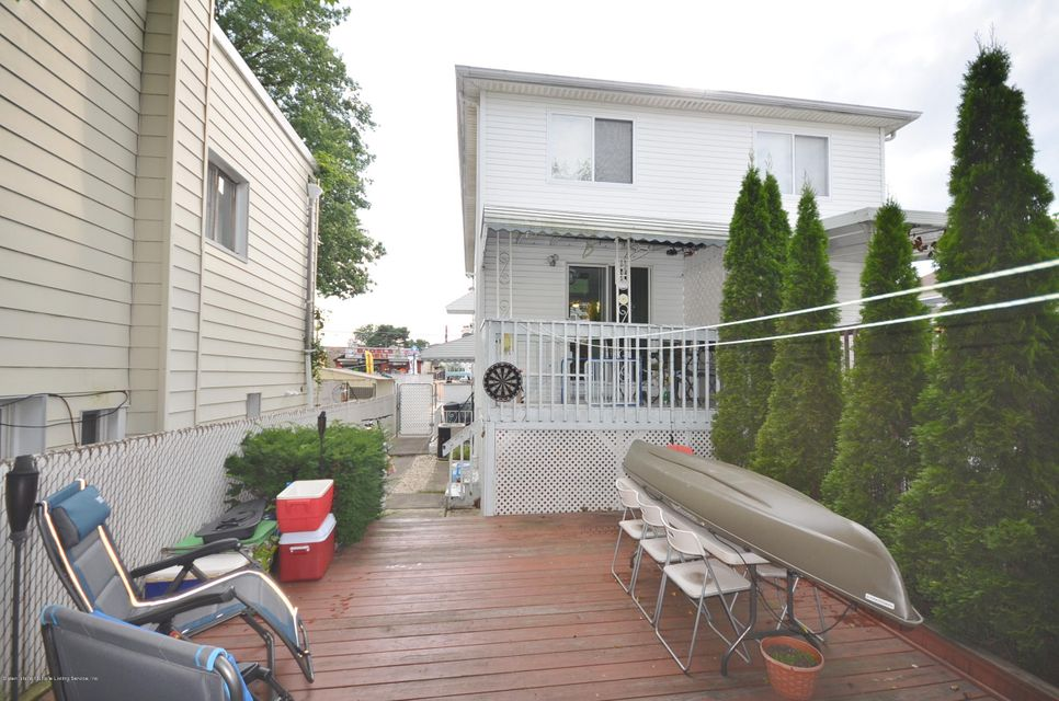 Single Family - Semi-Attached 259 Norway Avenue  Staten Island, NY 10305, MLS-1112250-16