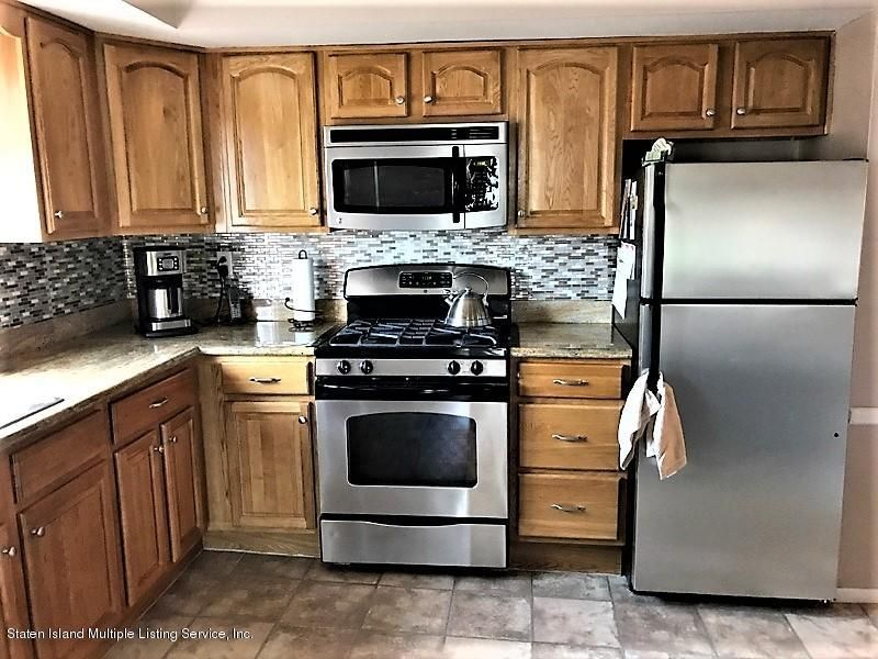 Additional photo for property listing at 748 Sinclair Avenue  Staten Island, New York 10312 United States