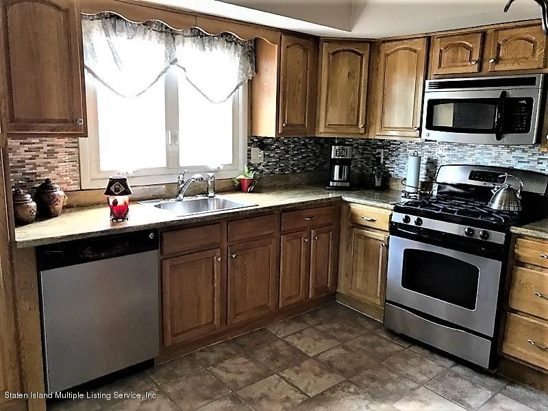 Two Family - Detached 748 Sinclair Avenue  Staten Island, NY 10312, MLS-1112067-3