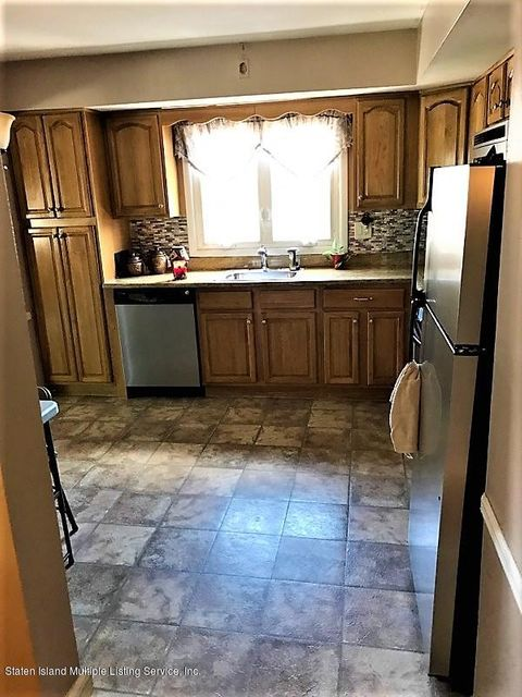 Two Family - Detached 748 Sinclair Avenue  Staten Island, NY 10312, MLS-1112067-64
