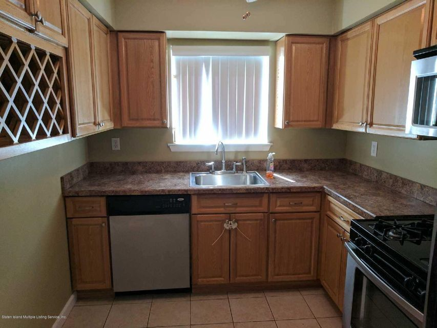 Additional photo for property listing at 1019 Rathbun Ave.  Staten Island, New York 10309 United States