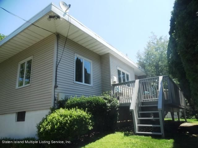 Additional photo for property listing at 222 Clarke Avenue  Staten Island, New York 10306 United States