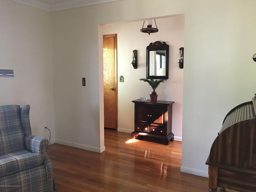 Additional photo for property listing at 65 Summit Avenue  Staten Island, New York 10306 United States