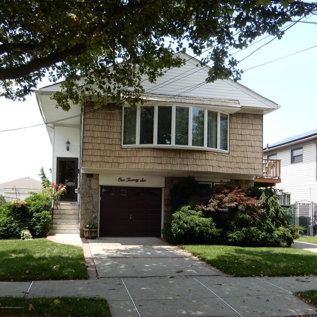 Single Family Home for Sale at 126 Freedom Avenue Staten Island, New York 10314 United States
