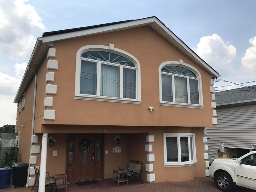Single Family - Detached 170 Gower Street  Staten Island, NY 10314, MLS-1112317-2