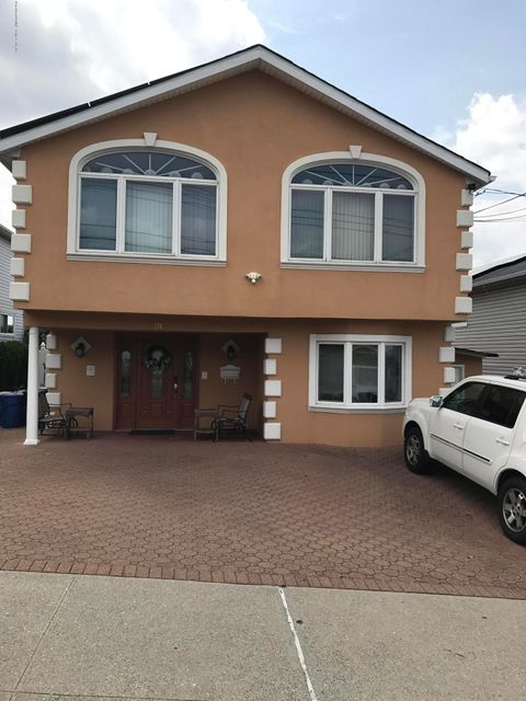 Single Family - Detached 170 Gower Street  Staten Island, NY 10314, MLS-1112317-3