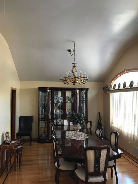 Single Family - Detached 170 Gower Street  Staten Island, NY 10314, MLS-1112317-27