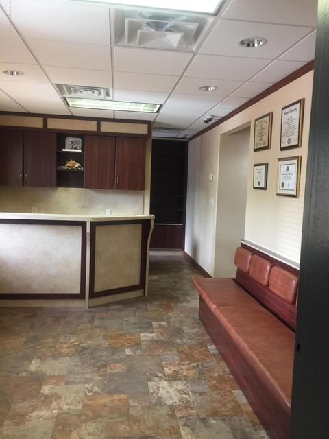 Additional photo for property listing at 11 Ralph Place  Staten Island, New York 10304 United States
