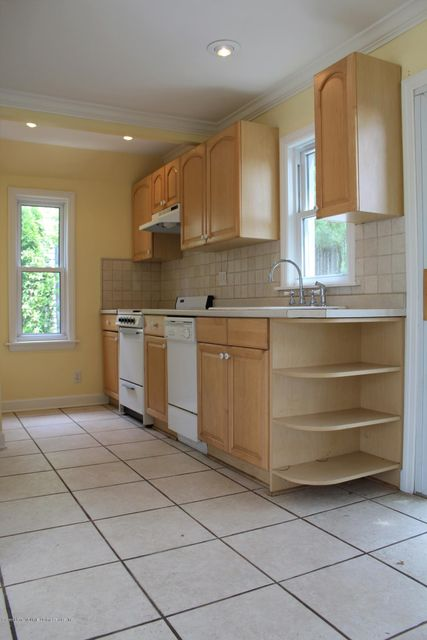 Additional photo for property listing at 279 Nelson Avenue  Staten Island, New York 10308 United States