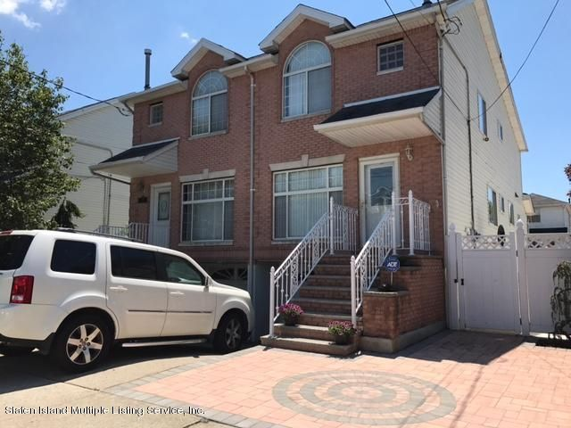 Single Family Home for Sale at 1072 Sheldon Avenue Staten Island, New York 10309 United States