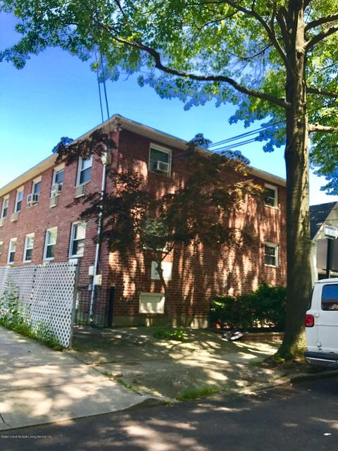 Additional photo for property listing at 49 Newberry Avenue  Staten Island, New York 10305 United States