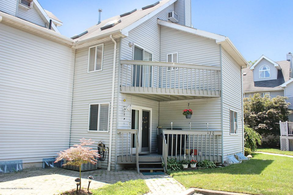 Single Family - Attached 120 Fairlawn Avenue  Staten Island, NY 10308, MLS-1112334-31